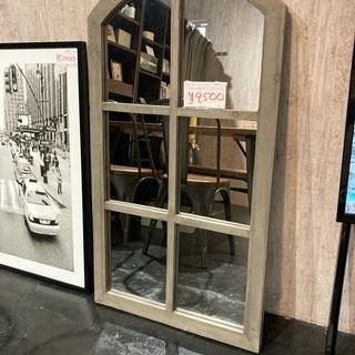 窓型ウォールミラーの画像