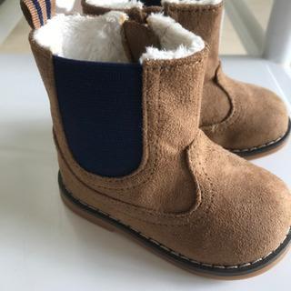 【新品未使用】冬物ブーツ 中ボア 11.7cm(EUR18-19)