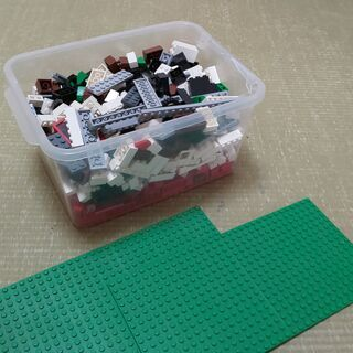 レゴ 4886 Designer Setと レゴ7946 Kin...