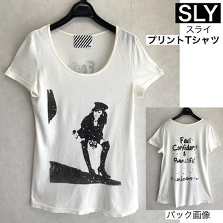 SLY スライ Uネック プリントTシャツ 半袖 M ホワイト ...
