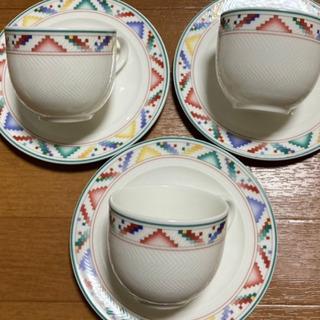 ビレロイ&ボッホ☆コーヒーカップとソーサー 3客