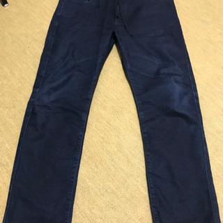 ユニクロのオシャレで履きやすいスウェット型ジーンズ生地パンツ サイズL