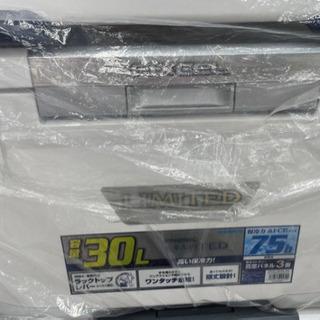 クーラーボックス シマノ フィクセル 300 リミテッド