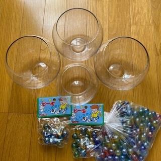 【お値下げしました】丸型ガラス製  大3個  小1個  ビー玉ま...