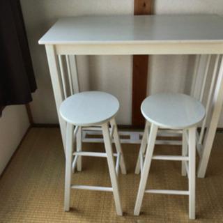 【ネット決済】木製テーブル、イス2個セット
