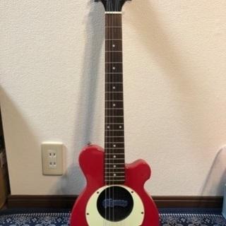 ピクノーズ トラベルギター