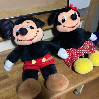 オールドミッキーマウスとミニーマウスのぬいぐるみ