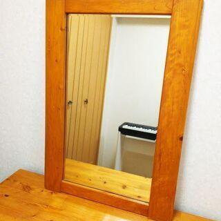 大幅にお値下げしました!40年前の檜の鏡 69cm×49cmの画像