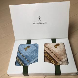 ✨新品✨ 箱入り ロベルタハンカチタオル 2枚セット