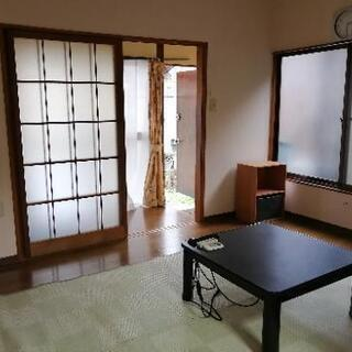 家賃 60000円  WiFi付き 駐車スペースあり 家具…