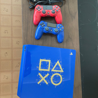 PS4 本体 Days of Play Limited Edition
