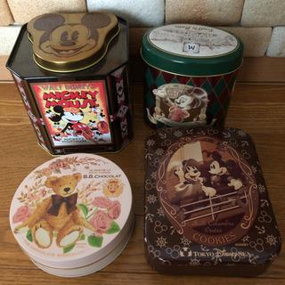 ディズニーなどお菓子空き缶 4個