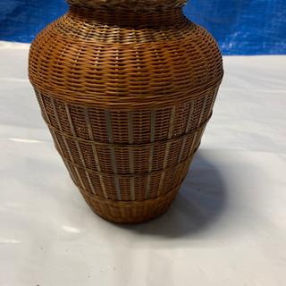 10月末まで、この値段。アジアンテイストの花瓶