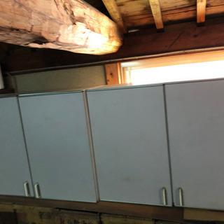 キッチンの吊り棚❓