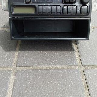 ダイハツ純正カセットラジオステレオです いかがですか