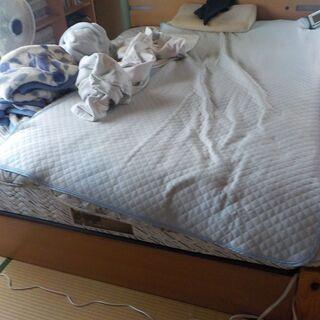 ベッド マットレス 回収します♪