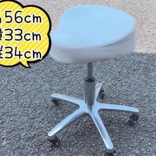 【609M2】キャスター付き 椅子
