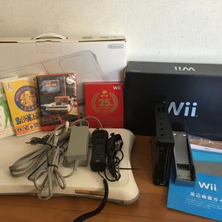 【ネット決済・配送可】Wii本体 Wii fit  Plus  ソフト