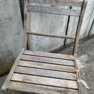 差し上げます。 椅子 - 家具