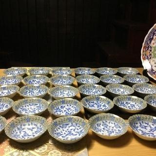 【ネット決済・配送可】浅い小鉢 30個