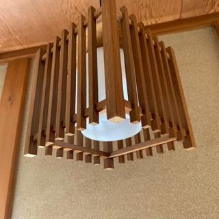 階段 トイレ 廊下 電気 照明