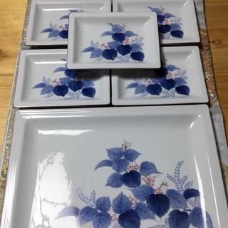 【ネット決済・配送可】庫山窯 色絵染付 【大皿1枚 小皿5枚】