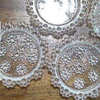 【値下げ!】細工入りガラスの小皿 x5枚
