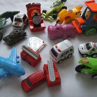 幼児さん用 おもちゃ いろいろ 男の子 ミニカーなど