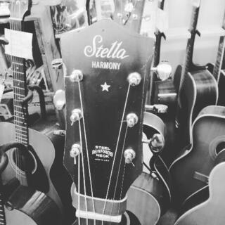 アコースティックギター/ウクレレ超初歩的教室。