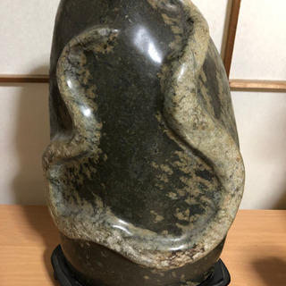 【ネット決済・配送可】蛇石 蛇紋石 ヘビ石 天然石 置物 縁起物...