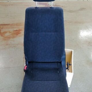 ワゴン車 トヨタ ハイエース DX 椅子 イス チェアー 一人用