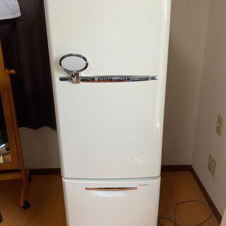 ナショナルの冷蔵庫 NR-B162R-W【一人暮らしで必要十分】