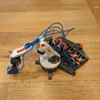 水圧式ロボットアーム