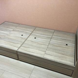 【美品】木製シングルベッド コンセント、収納付き