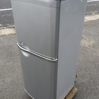 中古 2003年製 冷蔵庫 2ドア 136L   幅49  奥行...