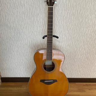 ヤマハトランスアコースティックギターFS-TA
