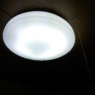 シ−リングライト(蛍光灯)