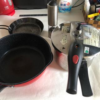 フライパンなど、圧力鍋、WMFペーパーミル