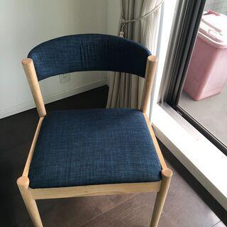 椅子1脚 7月末引き渡し