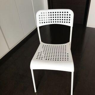 IKEA 椅子 ADDE 7月下旬引き渡し