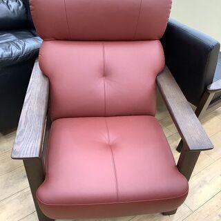 ゆったり座れるkarimokuの1人掛けソファーです!