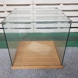 ショーケース ガラス製品