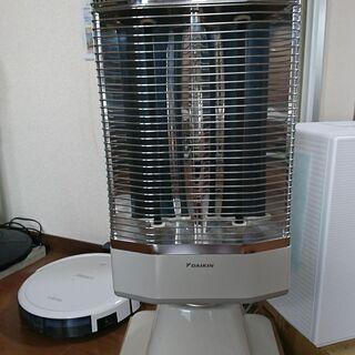 ■【引取】美品 使用少 DAIKIN ダイキン 遠赤外線暖房機 ...