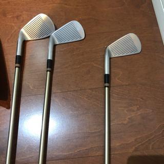ゴルフドライバー2本&アイアン3本