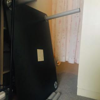 座机と椅子のセット