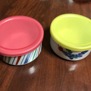 蓋付き小鉢2個