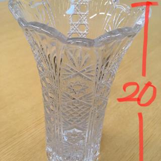 ガラス 花瓶 ステキ 美品 生花 造花に