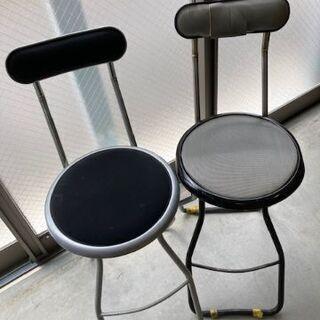 折りたたみ椅子差し上げます