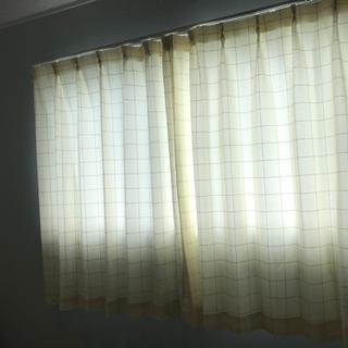 ページュのカーテン 横幅100✖️長さ135 3枚セット