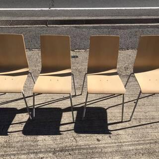 重ねられます!!木製 スタッキングチェア 椅子  1セット4脚です